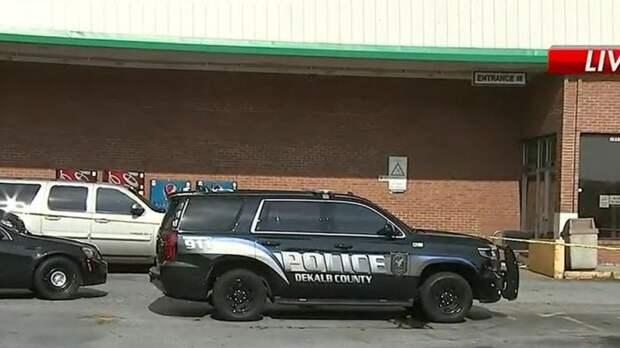 Американец застрелил кассира за просьбу надеть маску в магазине