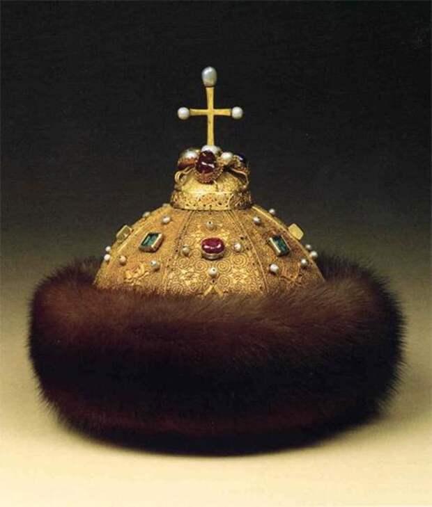 Один из символов Российского государства - Шапка Мономаха - скоро, возможно, обретёт нового владельца