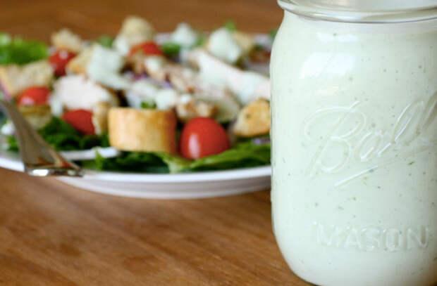 Сытные блюда из йогурта, которые едят на обед и ужин