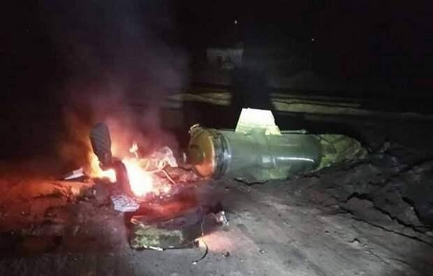 Под ударом колонны с нефтью для Турции: показаны кадры горящей в Сирии техники
