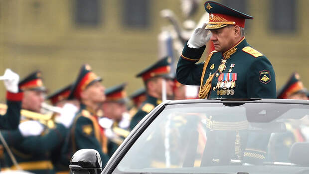 Синоптик объяснил, что позволило провести воздушную часть парада в Москве