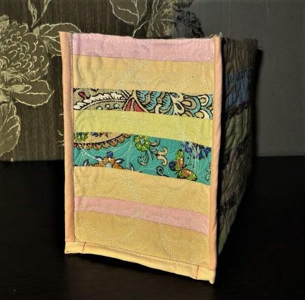 Действительно красивая и нужная вещь из остатков ткани