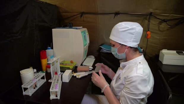 Жители Карабаха получают медицинскую помощь от военных медиков из России