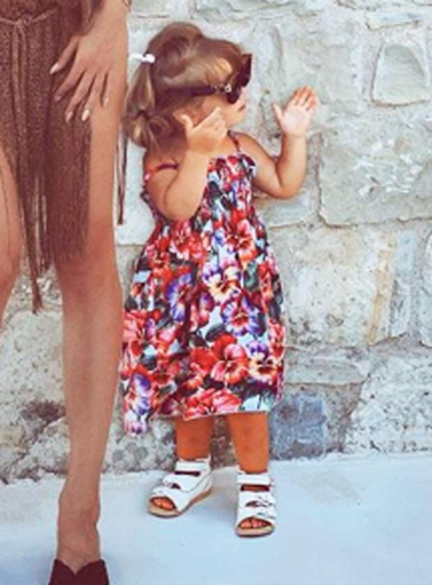 Светлана Лобода опубликовала редкий снимок младшей дочери Тильды