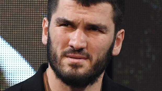 Боксер Бетербиев: «Реакция Кадырова была адекватной. Может, Хабиб никого не порвет в клубе «Ахмат»