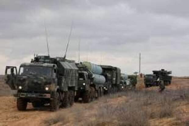 Россия сосредотачивается, Украина паникует