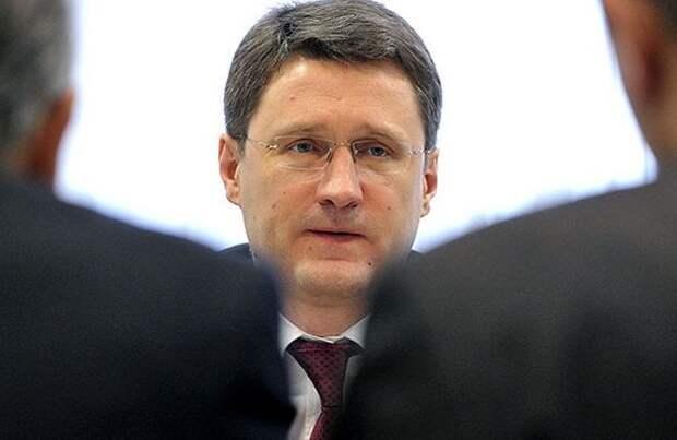 Новак поручил проработать меры по стабилизации рынка топлива