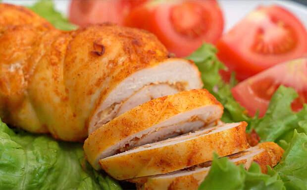 Превращаем курицу в пастрому за 40 минут и заменяем ей колбасу