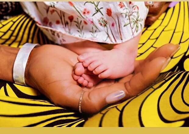 50-летняя Наоми Кэмпбелл впервые стала мамой