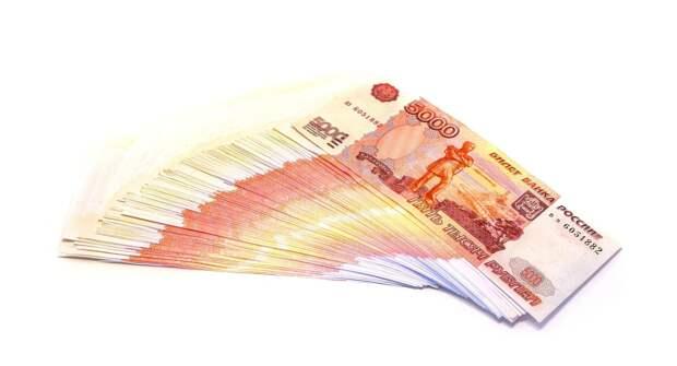 В России назвали тех, кто стал больше зарабатывать в пандемию