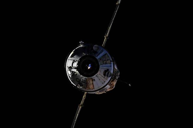 Космонавт пожаловался на скрипящие петли в новом модуле МКС