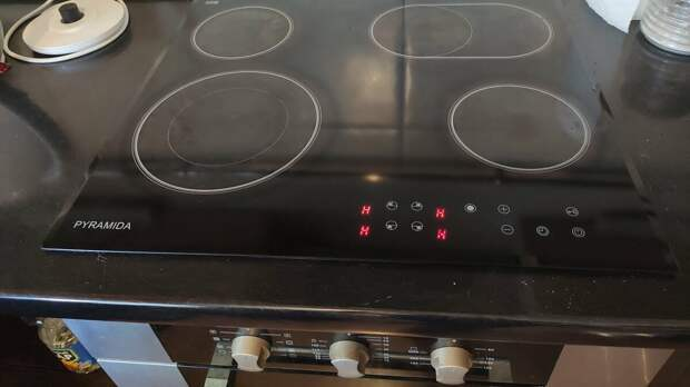 Сломалась, не включается, не греет индукционная плита – в чем причина и как починить прибор
