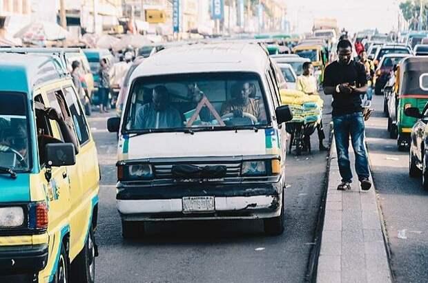 В Нигерии при столкновении двух автобусов погибли 18 человек