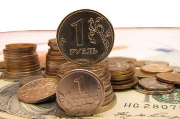 Реальный эффективный курс рубля в июне вырос на 2,7%