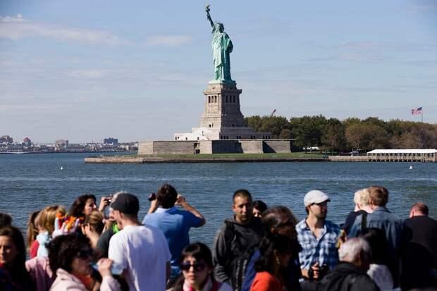 Perestroika – в США завели разговоры об отмене статуи Свободы