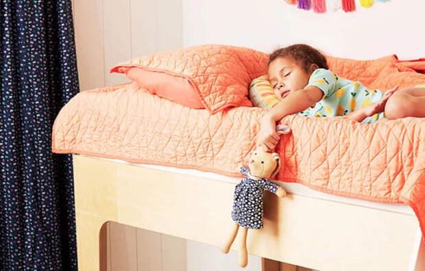 Как легко приучить малышей засыпать в одиночестве