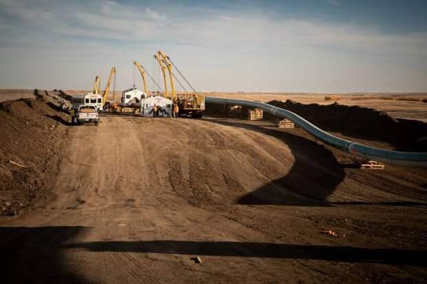 Отказ Вашингтона от строительства нефтепровода сделает США зависимыми от России