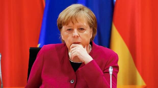 Трагедия в школе Казани потрясла Ангелу Меркель