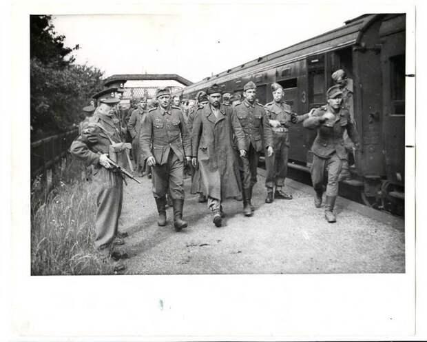 plennye_nemcy_v_anglii_1944.jpg