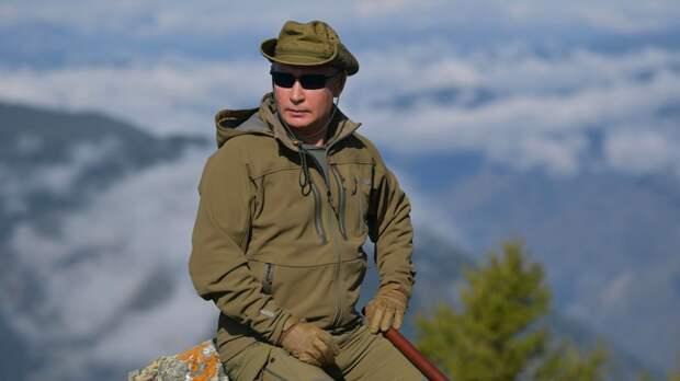 """Песков рассказал об увлечении Путина """"опасными путешествиями"""""""