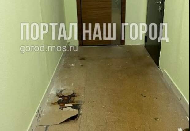 Жильцов дома на Моршанской обделили линолеумом