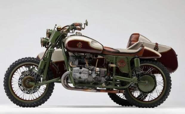 Американцы сделали уникальный мотоцикл «Урал» с российским гербом