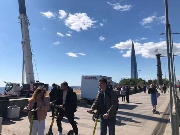 """Эксперт по безопасности МЧС признал опасным аттракцион """"Высотный обзор"""" в Парке 300-летия"""
