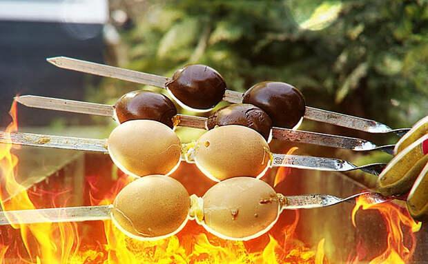 Проверяем рецепты закусок из яиц. Готовим в соевом соусе и на мангале как шашлык