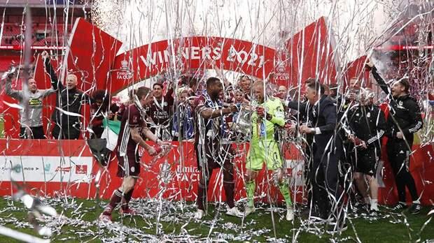 «Лестер» впервые выиграл Кубок Англии по футболу