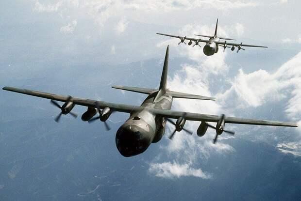 Бомбардировщик США сымитировал ядерный удар по Крыму