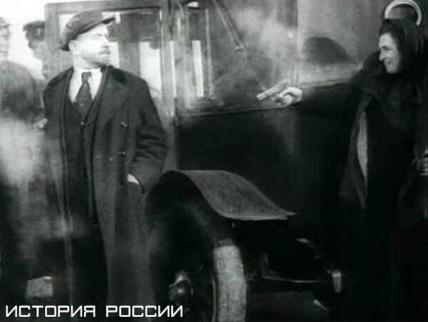 """Кадр из фильма """"Ленин в 1918 году"""" (1939)"""