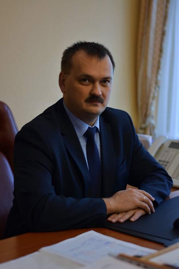 Мэр Ижевска уволил главу Устиновского района за неисполнение поручений и жалобы жителей