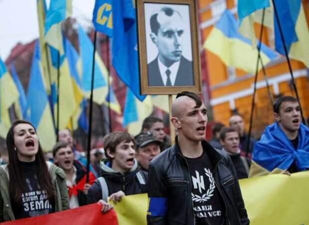 Голос Мордора: Французский МИД не обнаружил особых проблем с неонацизмом на Украине