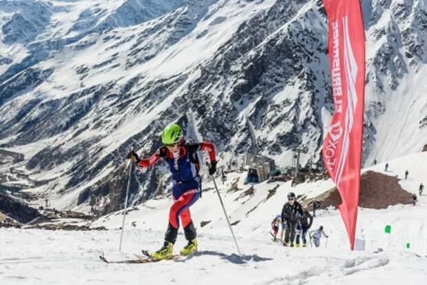 В скоростном восхождении на Эльбрус приняли участие 180 спортсменов