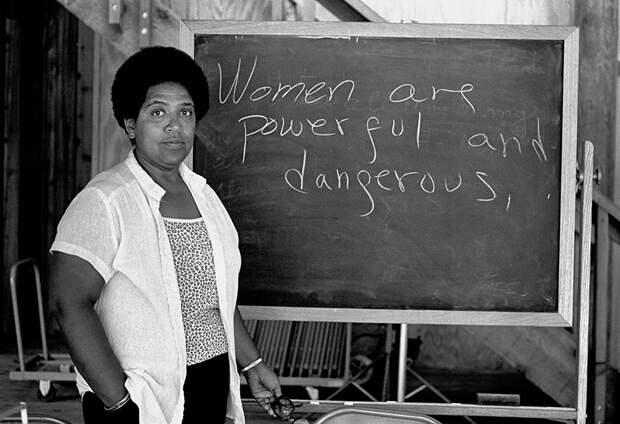 17 женщин в истории, которые не стеснялись своей ориентации