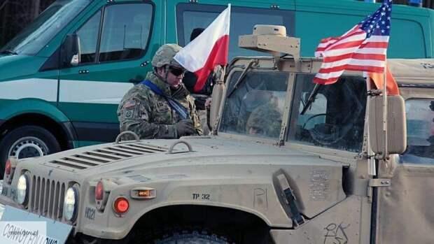 НАТО не уйдет из Европы: Литовкин заявил, что Польша хочет стать мишенью для русских ракет