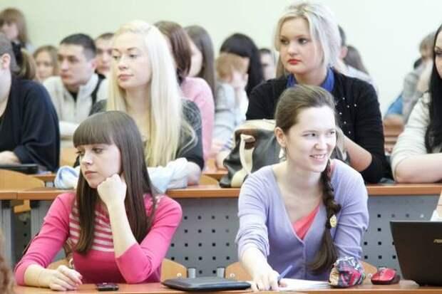 В Новосибирске создали прибор для поиска наушников у студентов на экзаменах