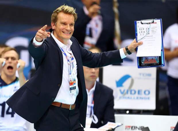 Главный тренер сборной России и «Зенита» получит российское гражданство. Впереди Олимпиада
