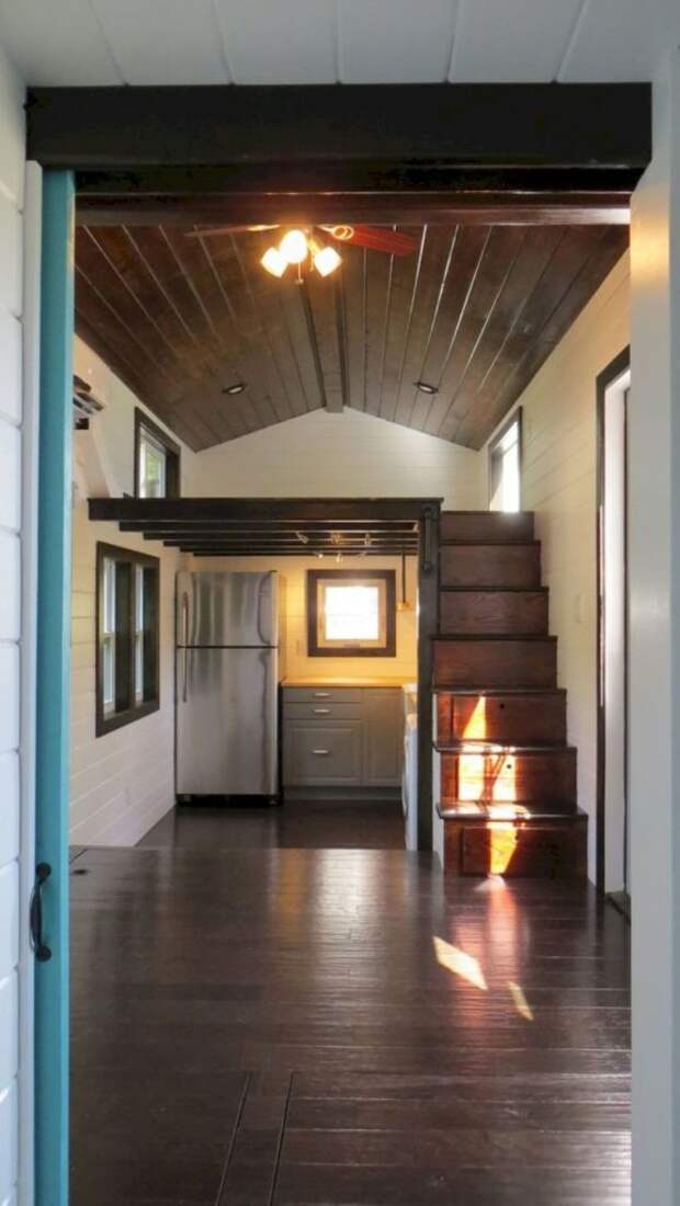 Практичные идеи компактных лестниц для небольших домов