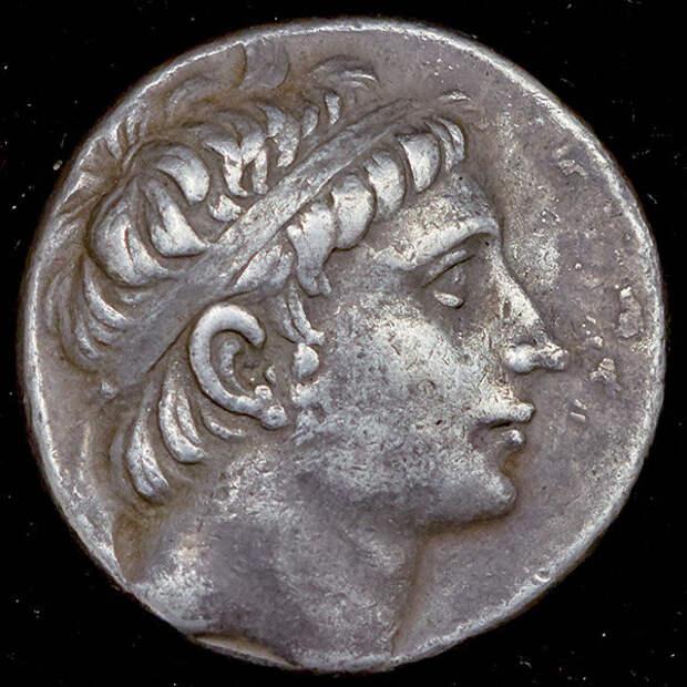 Береника, царица и дочь Птоломея.