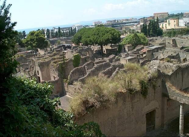 В уничтоженном Везувием римском Геркулануме нашли останки героя-офицера