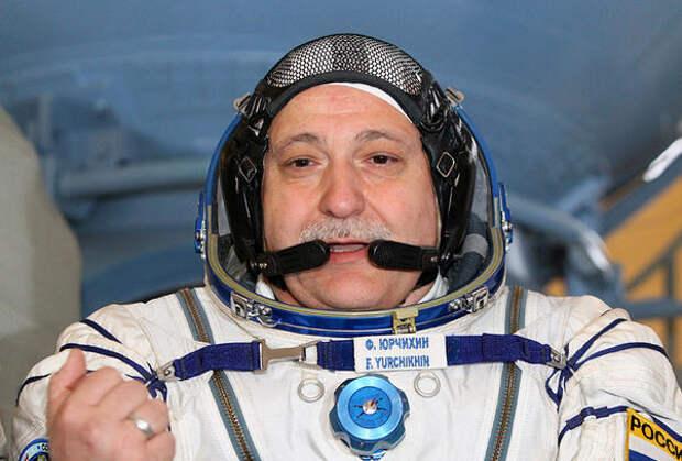 «Привет с орбиты», или о моральной стороне космонавтики