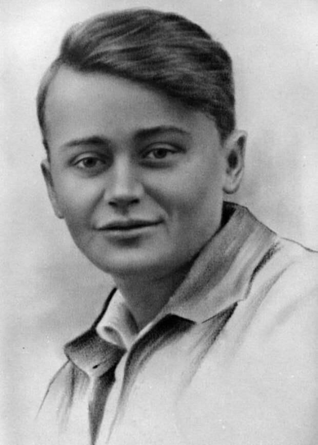 Герой-подпольщик Олег Кошевой