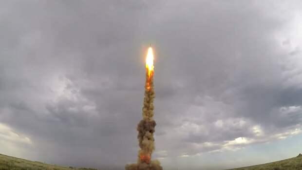 ВВС Индии успешно запустили новую зенитную ракету Akash NG