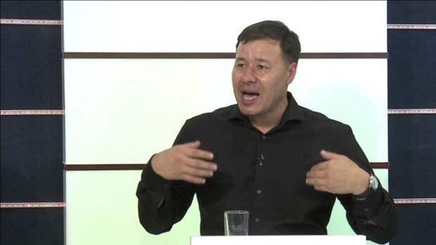 Кульбиты Санду вКиеве направлены против России— депутат ПСРМ