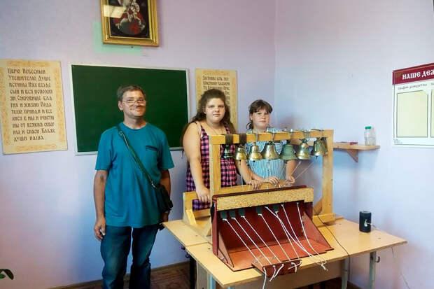 Почему все больше женщин в России становится церковными звонарями?