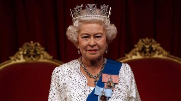 """Как сейчас выглядит """"очередь"""" на королевский трон, – изменения после появления на свет правнучки Елизаветы II Лилибет Дианы Маунтбаттен-Виндзор"""