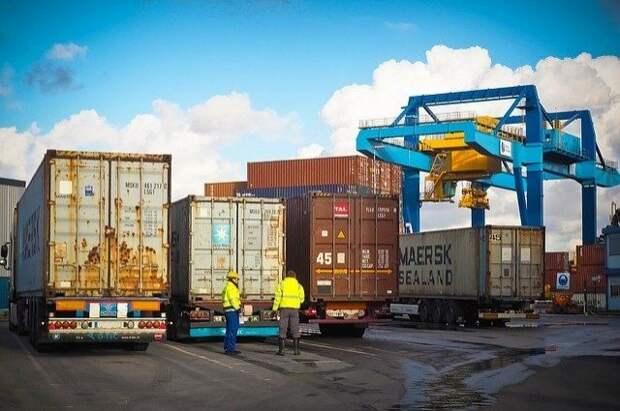 Россия в апреле нарастила импорт товаров из дальнего зарубежья почти на 50%