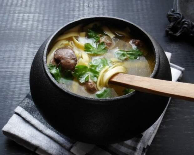 Сытный суп с сердечками. \ Фото: edimsup.ru.