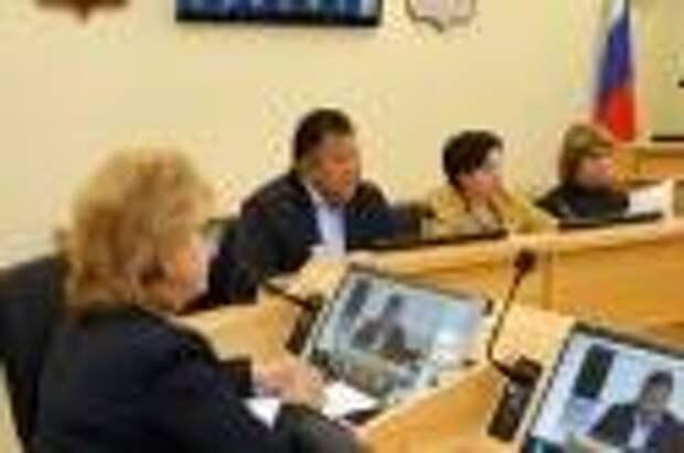 Комитет по социально-культурному законодательству одобрил ко второму чтению проект закона о бесплатном школьном питании